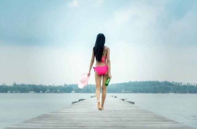 休暇中の女性